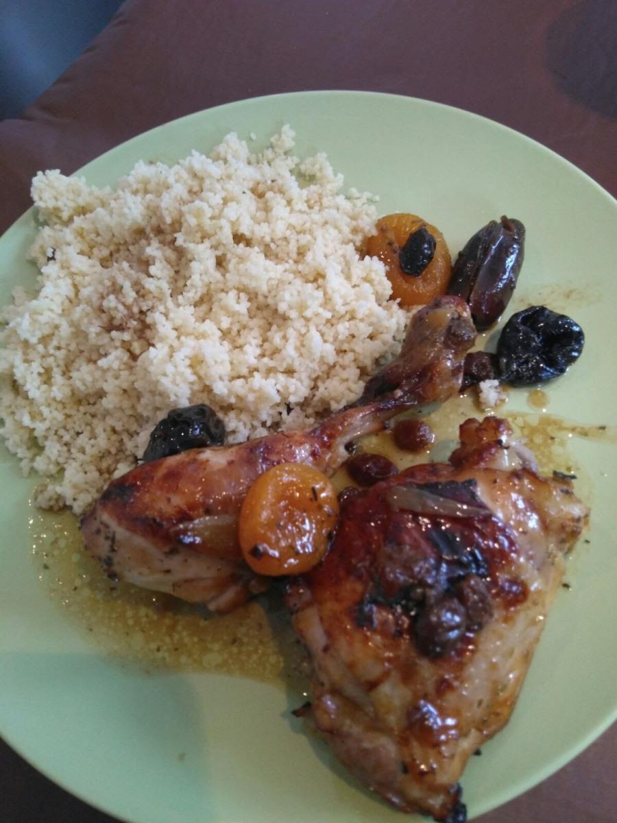 Cecilia y su Slow cooker: Receta de pollo con orejones, ciruelas y dátiles