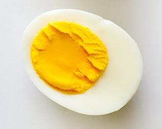 cut-hard-boiled-eggs-6-10-16