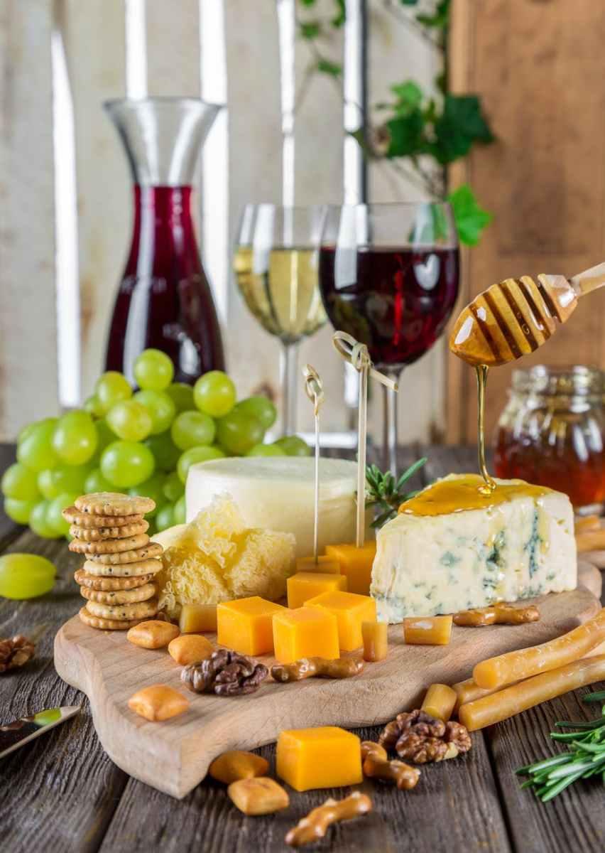 Parejas famosas: días de queso y vino