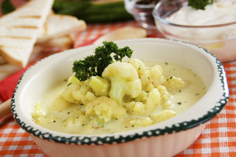 Sopa-de-coliflor-al-curry-1
